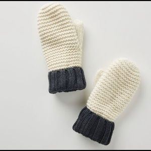 NWT Anthropologie Colorblocked Mittens